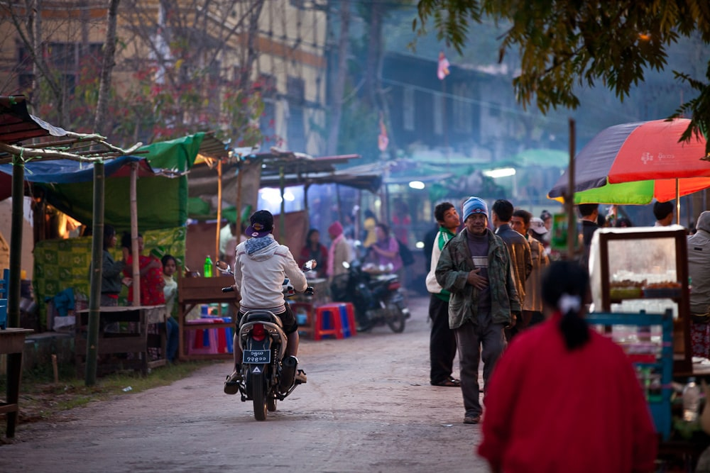 Tržiště u města Kalaw