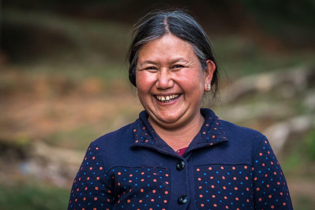 Žena z palongské vesnice, maminka jednoho z mladých průvodců