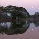 Měsíční scéna v Sukhothai