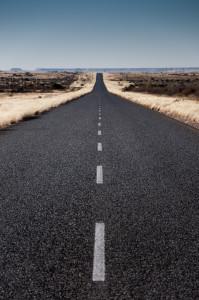 Některé silnice v Namibii mohou směle konkurovat těm u nás