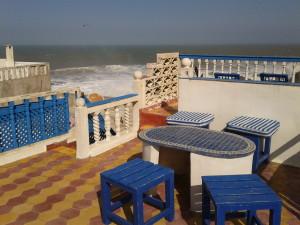Tak tady jsme sedávali a pozorovali vlny Atlantiku