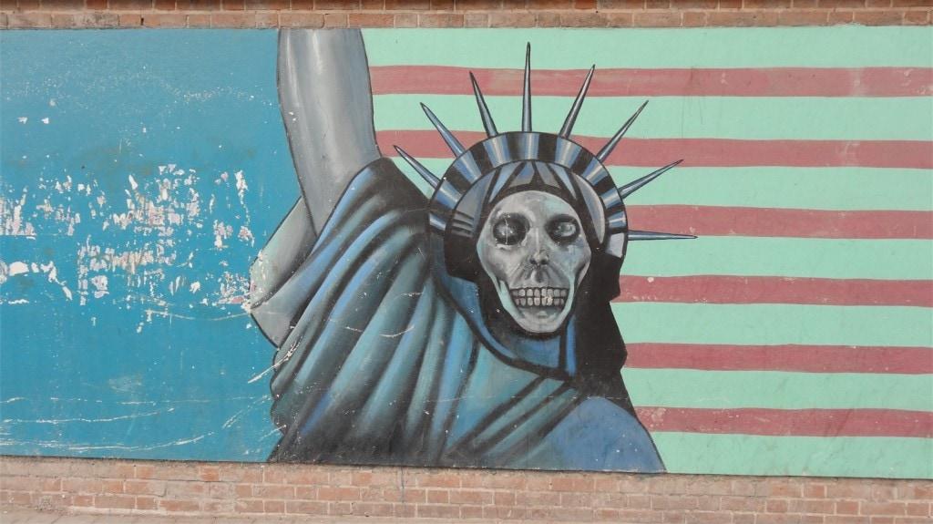 smrtka svobody v u bývalé americké ambasády