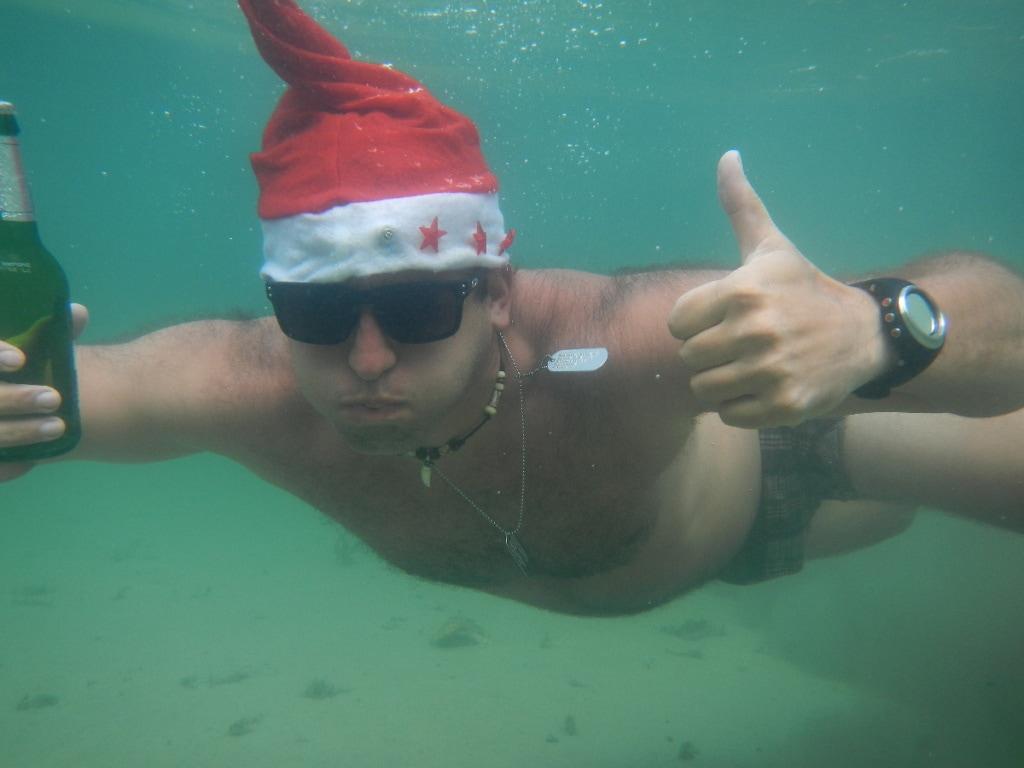 Není nad to oslavit vánoce pod vodou :-)