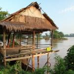 Romantické posezení na břehu Mekongu