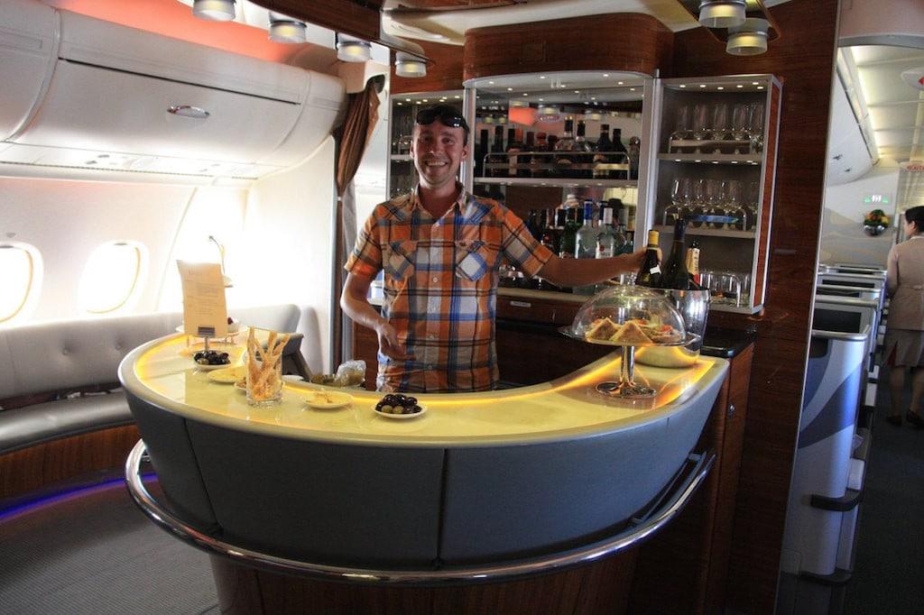 Tomáš na baru v A380