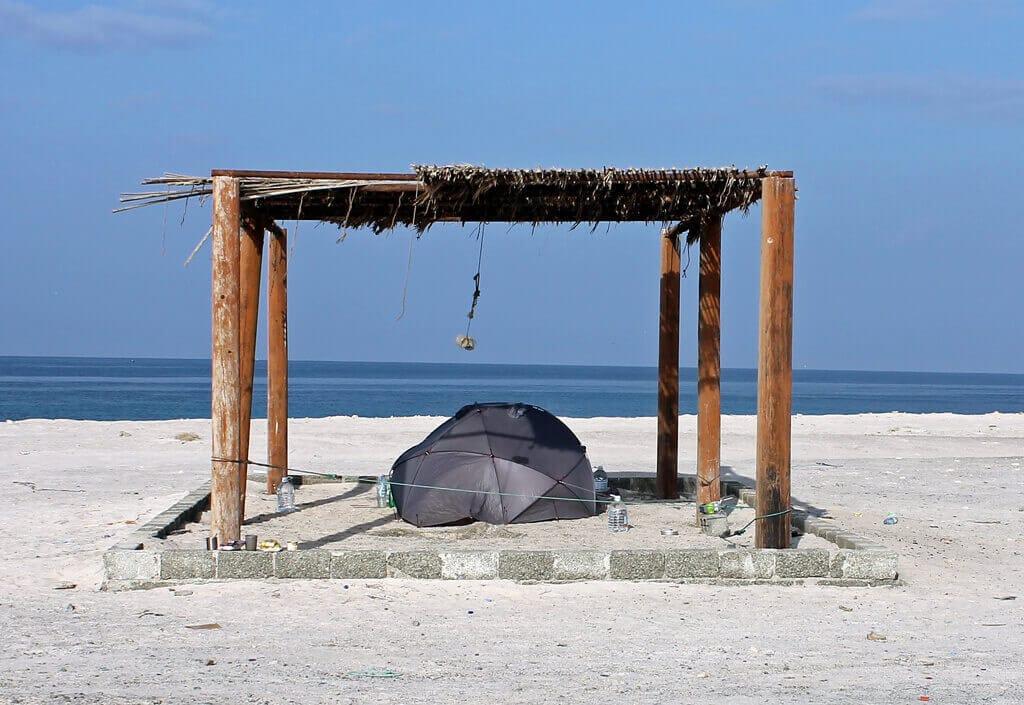 kempujeme na pláži