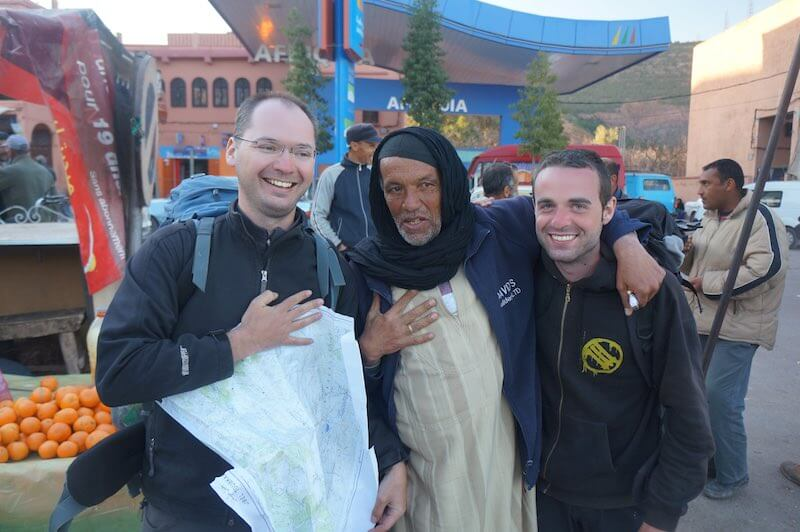Johnny s Jurkem a Berberem Ibrahimem v Asni v Maroku