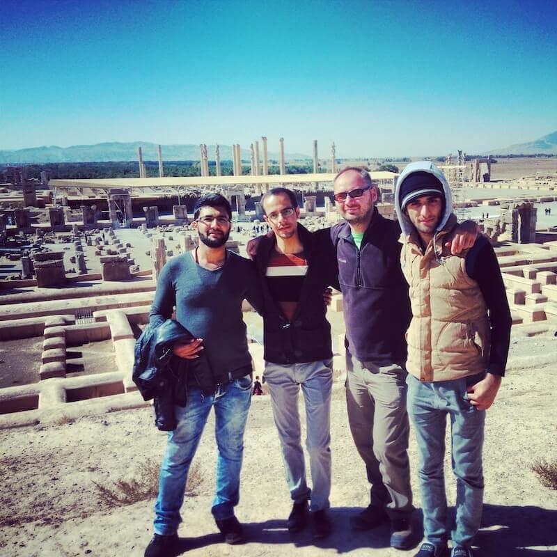 Jurek a jeho íránští přátelé z Šírazu
