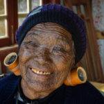Potetovaná babička ze státu Chin (foto: Julia Polok)