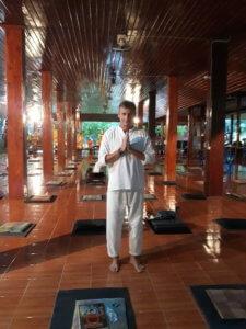 Meditace v klášteře Wat Pa Tam Wua, Thajsko