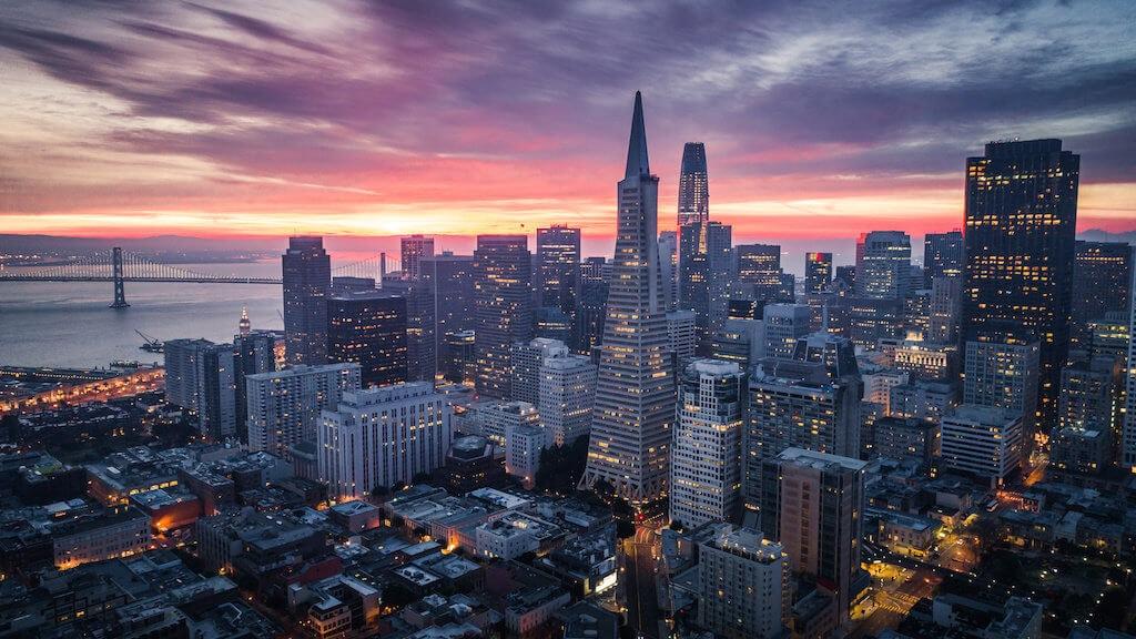 Večerní San Francisco