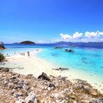Hlavními lákadly Filipín jsou opuštěné pláže, korály a křišťálově čisté moře