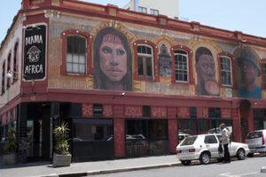 Mama Africa - oblíbená restaurace na Long Street v Kapském městě