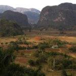 Národní park Viñales je proslulý unikátními mogoty, tabákovými poli a krásnou přírodou, my do něj samozřejmě vyrazíme na túru. Právem je také park zapsán na seznamu UNESCO