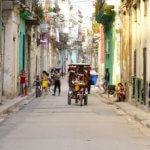 Stará Havana je krásná a šokující zároveň. My ji projdeme křížem krážem!