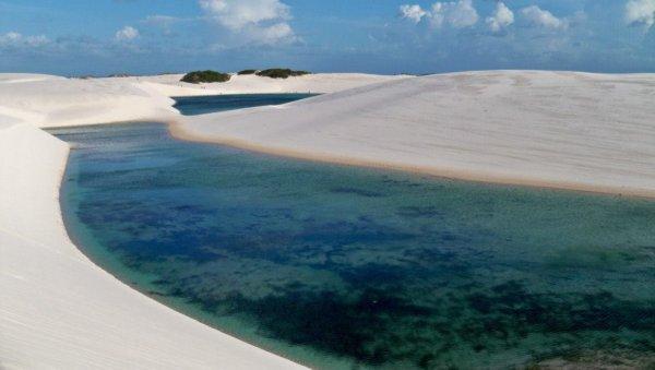 NP Lencois Maranhenses duny a laguny