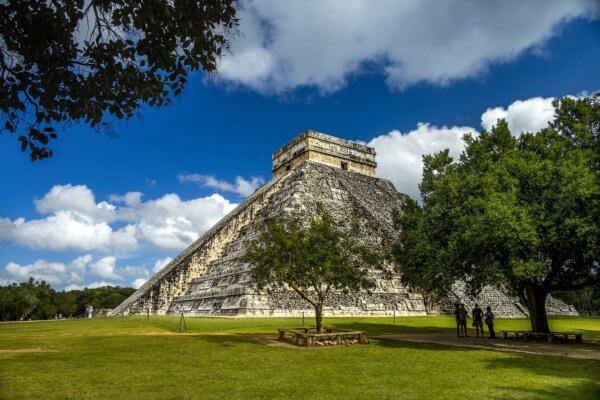 Pyramida Kukulcan na Yucatánu