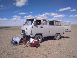Opravy UAZu