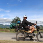 Na motorce ve Vietnamu