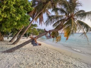 S kapitánem lodi na Maledivách
