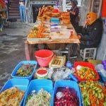 Středoasijské trhy nabízejí směsici všech barev a chutí